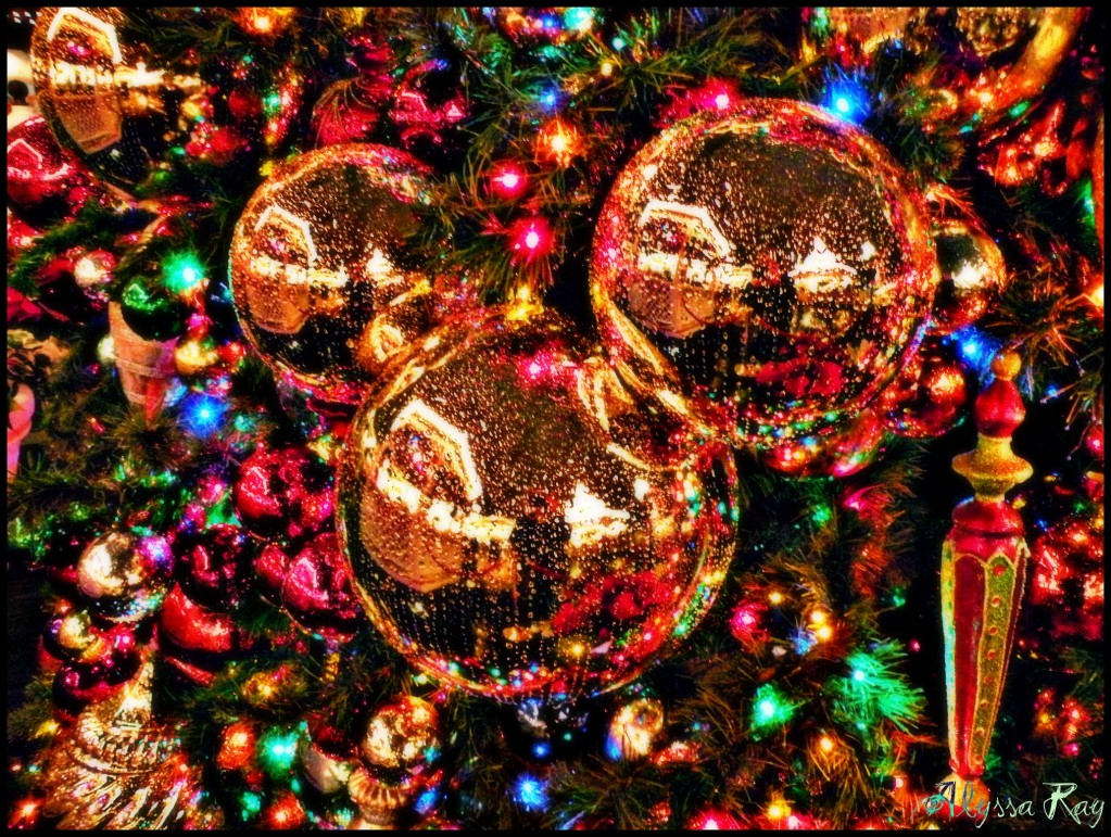Mickey Ornaments HDR